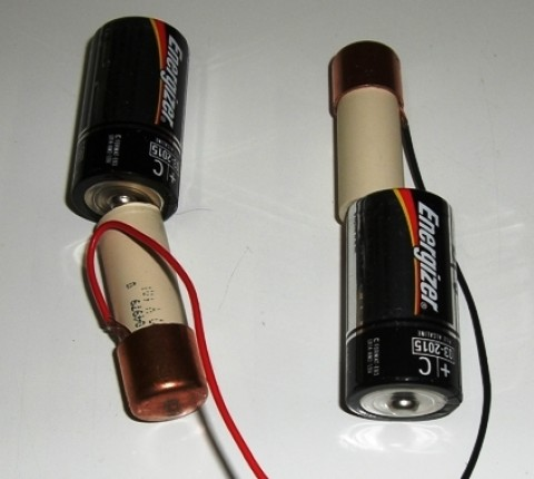 """C"" Cell Battery Modification for series 6 volts"