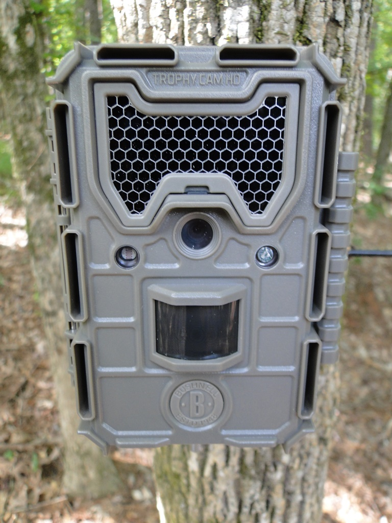 2017 Bushnell Trophy Cam HD Essential E3 Camera Review